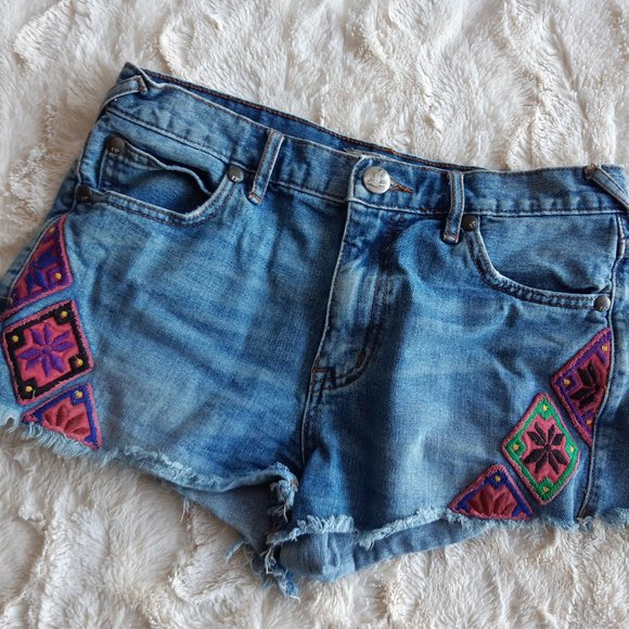 Free People embroidered jean shorts